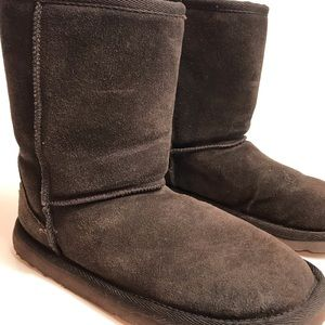 Zodiac leather fuzzy lined boots